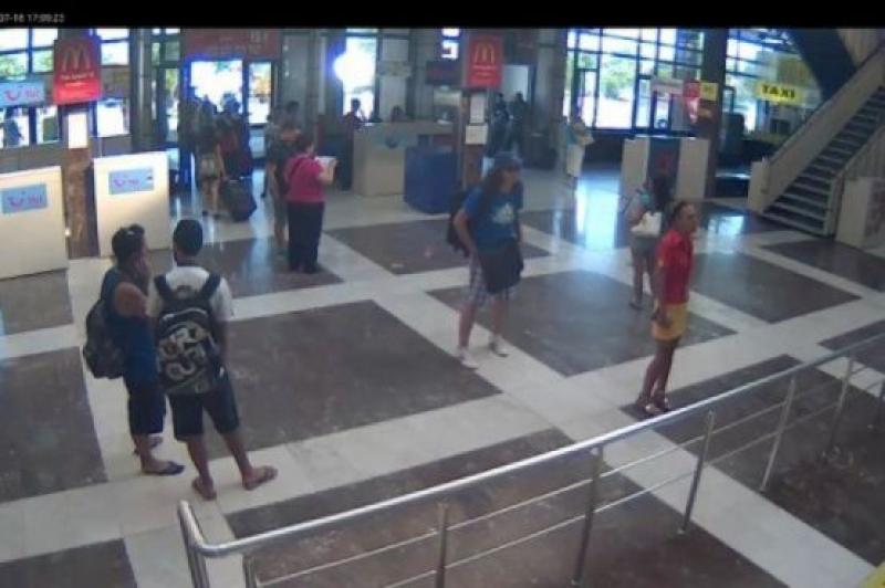 Охранительная камера засняла атентатора в Аэропорту Бургас