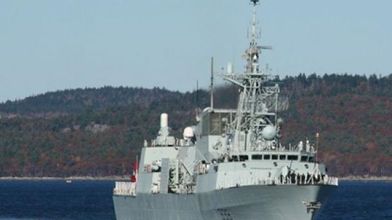 Кораби на НАТО на посещение във варненското пристанище