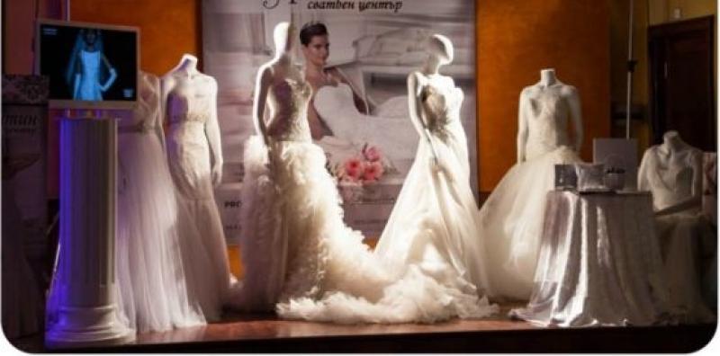 Сватбен сезон 2015 в Бургас идва с бум на смесени бракове, с по- възрастни булки и небременни невести