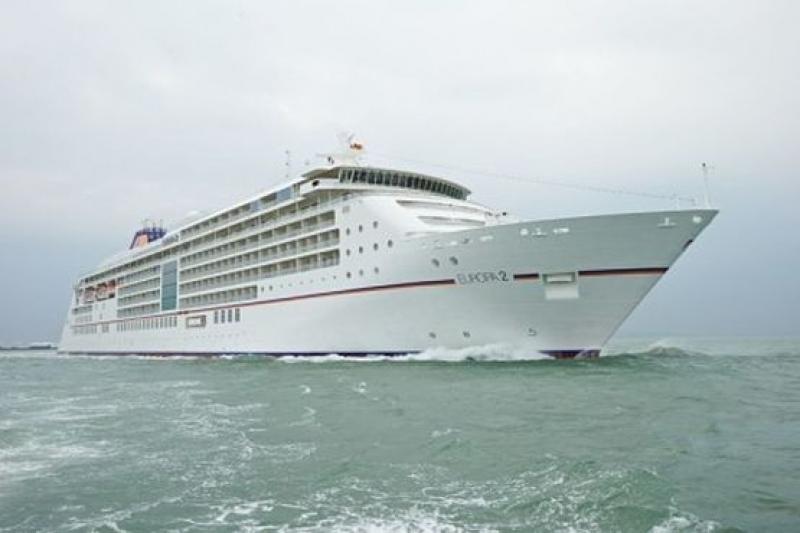 Намалят пристанищните такси за пътническите кораби