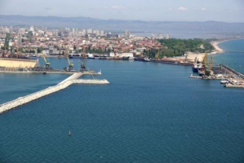 """Нови седем души започват работа в """"Пристанище Бургас"""" ЕАД по проект"""