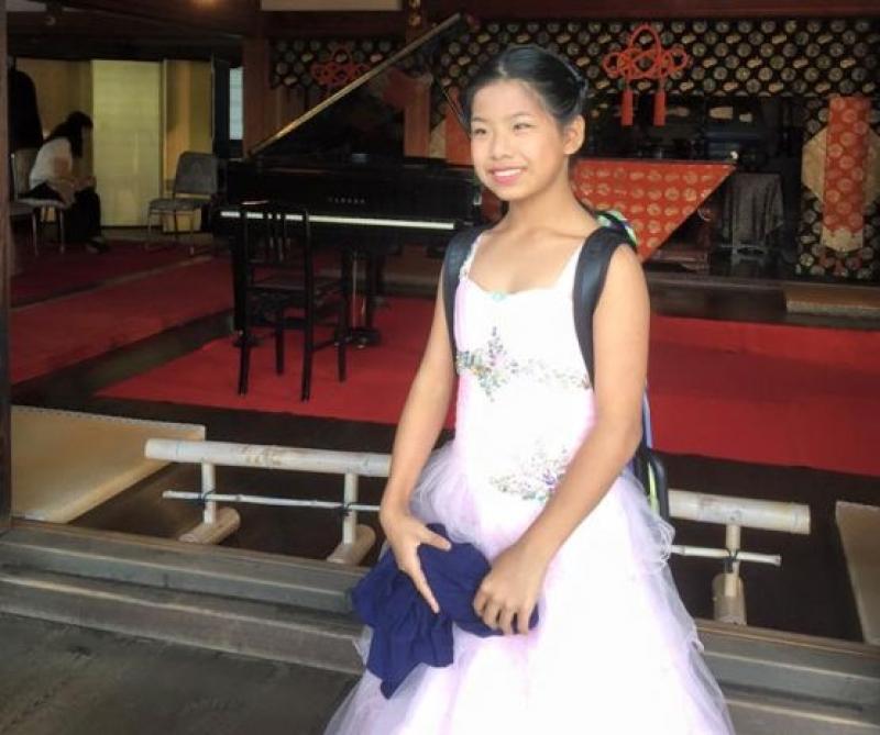 """12-годишна цигуларка от Япония е сензацията на  конкурса """"Емил Камиларов"""""""
