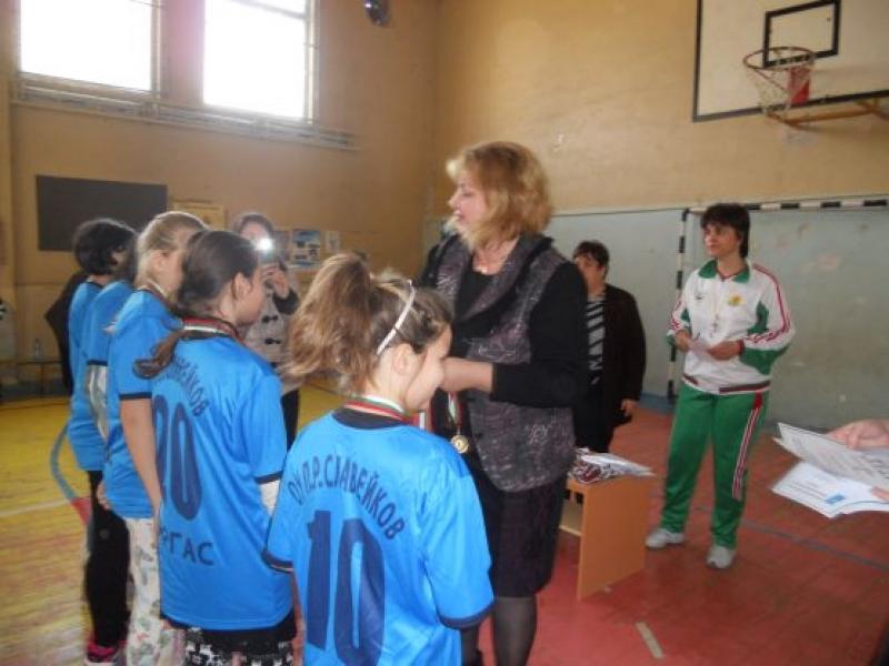 Ресурсен център-Бургас събра деца със специални образователни потребности на турнир