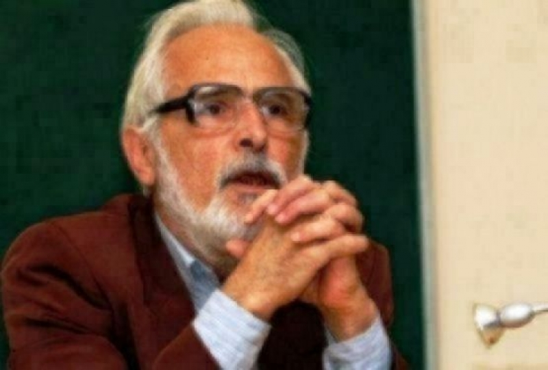 Един американски професор не трябва да струва 1795 български