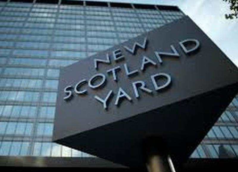 Жената, убита с нож в Лондон, е американка, а нападателят й - норвежец от сомалийски произход