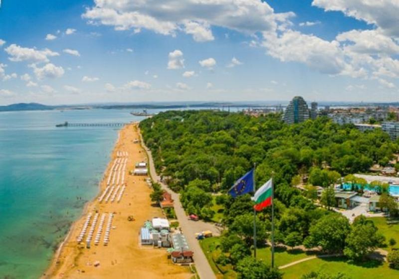 Плувният маратон от остров Света Анастасия до Моста ще се проведе на 27 август