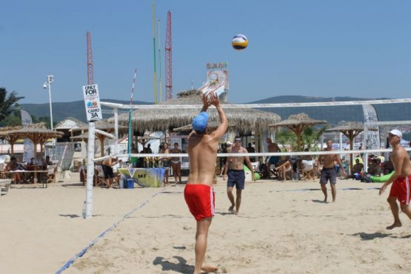 Димитър Узунов и Георги Димитров грабнаха купа в Слънчев бряг