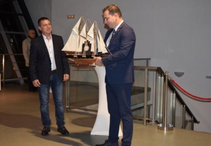 """Яхт клуб """"Порт Бургас"""" обеляза 40 години от създаването си"""