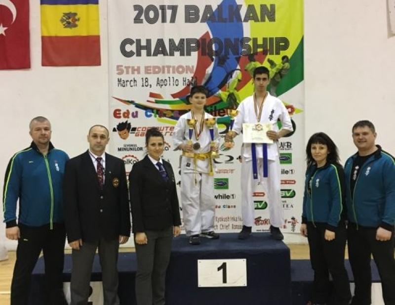 Фурор на българския отбор по киокушин карате на Балканското първенство в Румъния
