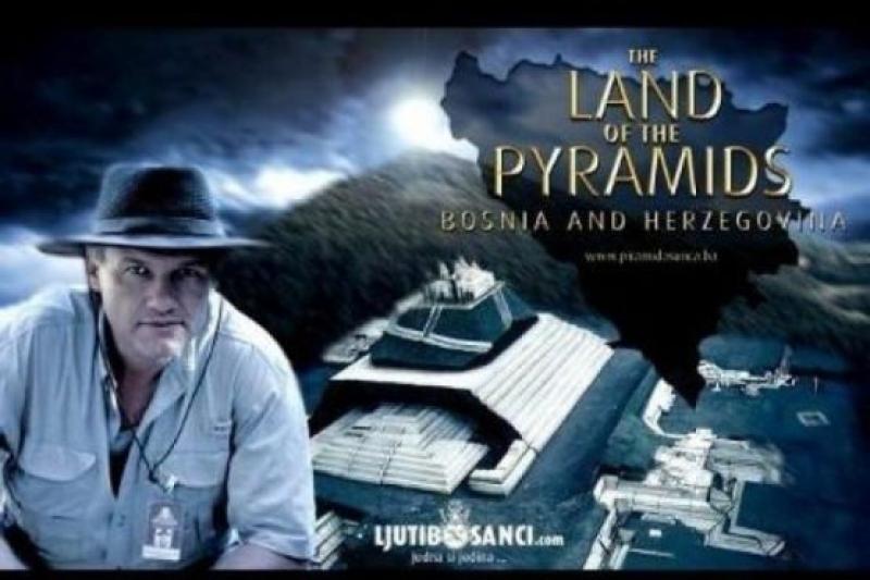 Откривателят на най-старите пирамиди в света идва в Бургас