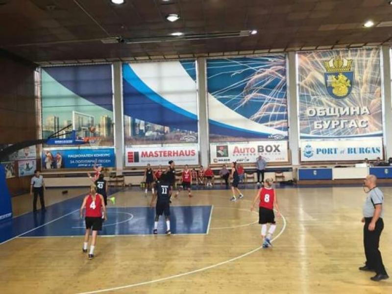 """Баскетболистките от """"Нефтохимик 2010"""" на полуфинал срещу """"Хасково"""""""