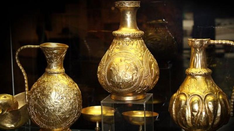 Золотой клад Надь-Сент-Миклош представлен в Археологическом музее в Софии