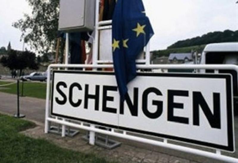 От днес влиза в сила нова шенгенска разпоредба