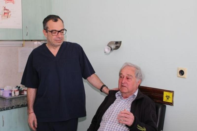 Възрастен мъж след иновативна операция: Само в Бургас решиха моя проблем