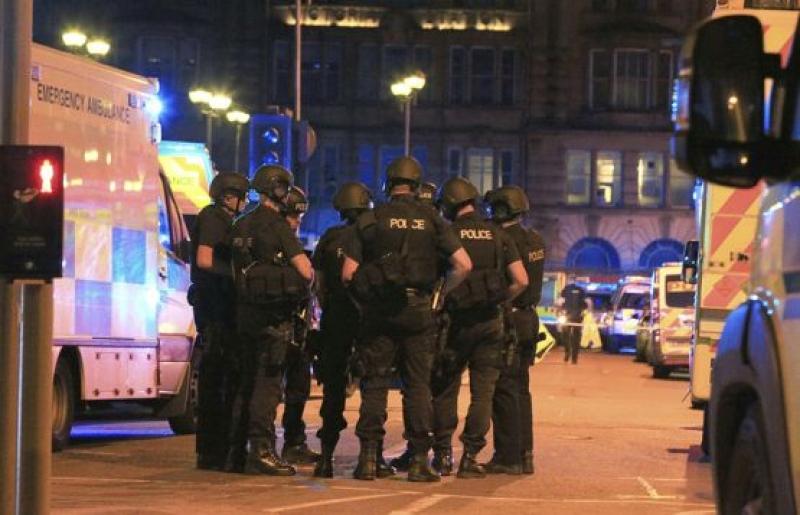 22 загинали и 50 ранени след терористичен акт в Манчестър