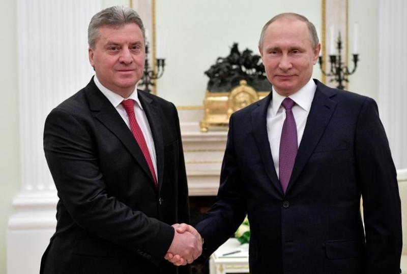 Путин нагло помакедончи писмеността ни, а президентът и премиерът мълчат