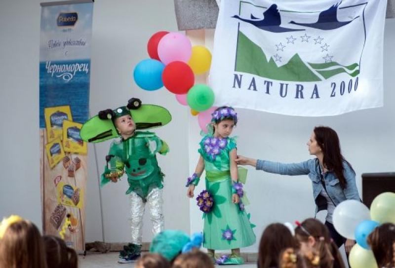 90 деца от 9 учебни заведения в Бургас дефилираха на Карнавала на биоразнообразието