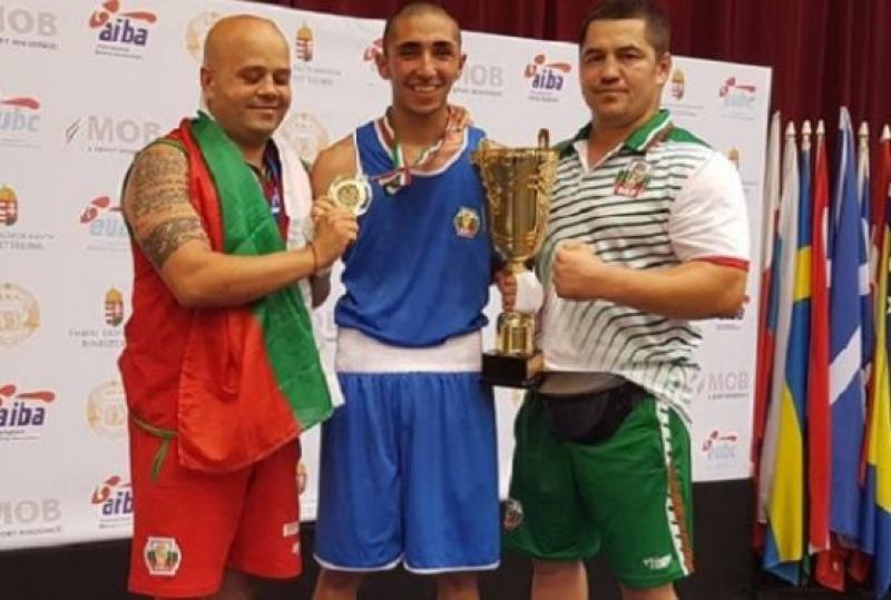 Бургаските боксьори спечелиха купата за трето място на държавния шампионат за младежи