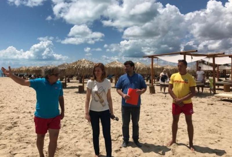 """На """"Нов плаж """"Свети Влас"""" е осигурен необходимият брой спасители"""