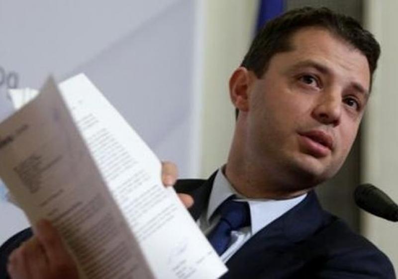 НС не прие оставката на народния представител от ГЕРБ Делян Добрев