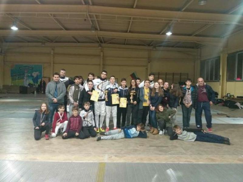"""Отлично представяне на младите мускетари от ФА""""В. Етрополски"""" - регион Бургас"""