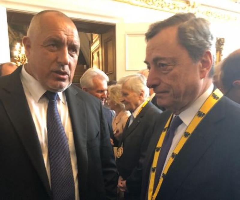 Борисов разговаря с управителя на Европейската централна банка Марио Драги в Аахен