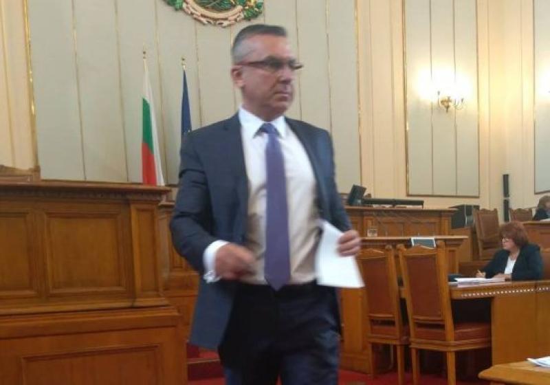"""В отговор на Димитър Бойчев министър изнесе данни за изпълнението на ОП """"Иновации и конкурентоспособност"""""""