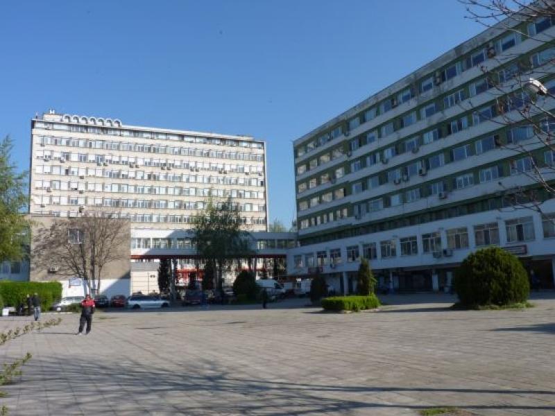 Студенти по здравни грижи ще работят в УМБАЛ -  Бургас, докато следват