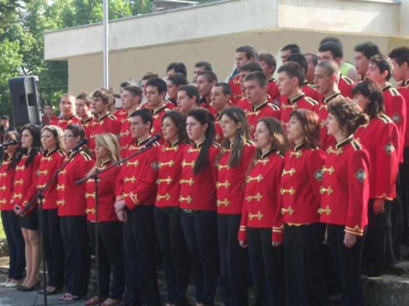 Ученически гвардейски отряд от Бургас ще получи знамето си на официална церемония