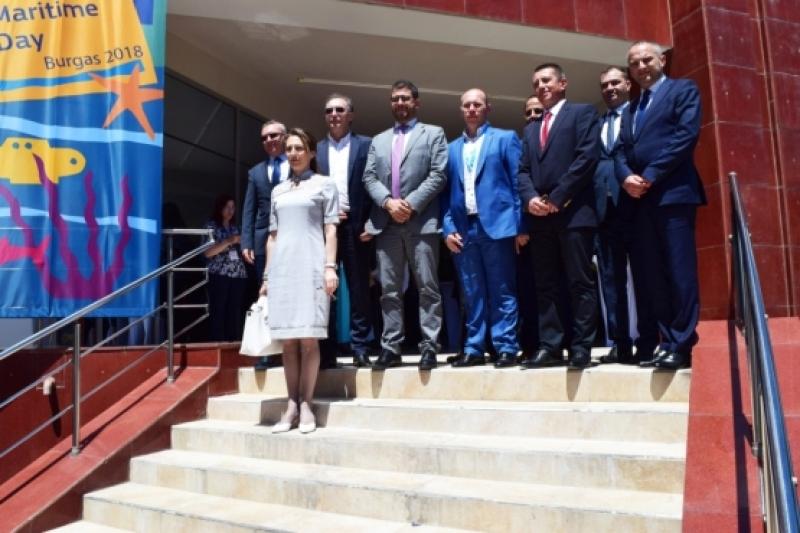Айрам Диаз Пастор: Обединените усилия ще върнат круизите в Черно море