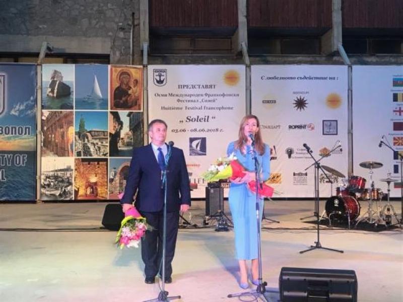 Ангелкова на старта на лятото в Созопол: Още преди началото на сезона в област Бургас има 24% ръст на нощувките