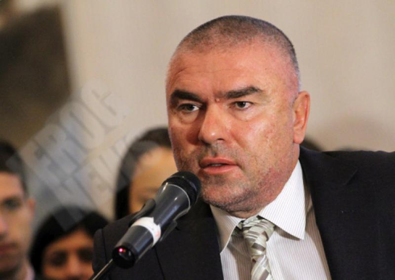 """""""Воля"""": Харченето на милиарди за въоръжаване не е сред приоритети на българите"""