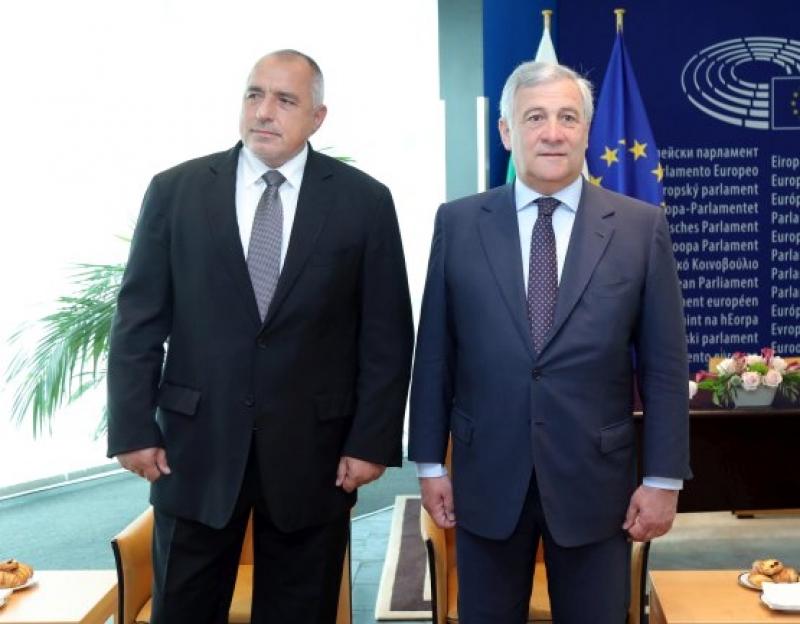 Бойко Борисов разговаря с председателя на Европейския парламент Антонио Таяни
