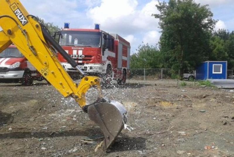 Строят нова сграда на огнеборците в Карнобат