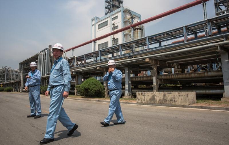 Китай спира вноса на нефт от САЩ