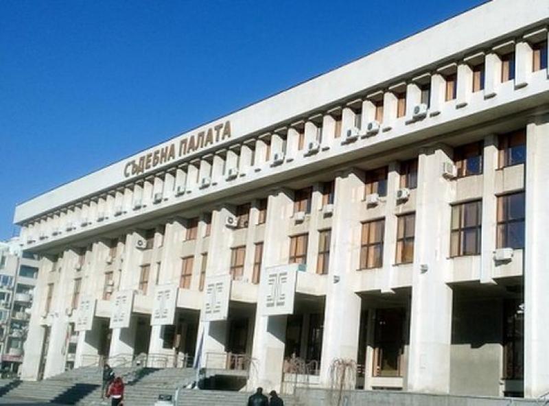 Бургаският съд остави в ареста крадец на чанта