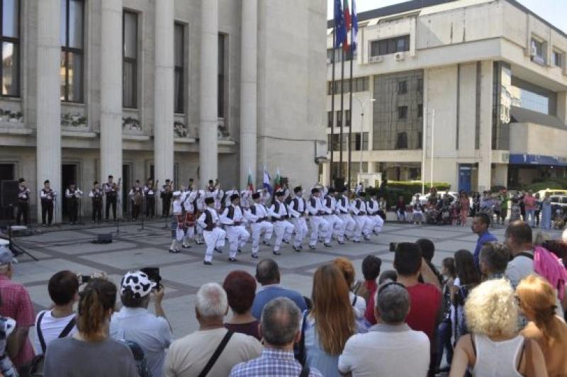 Бургас отбеляза 110 години Независима България