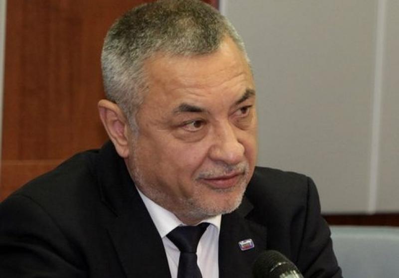 По предложение на Борисов Симеонов вече не е председател на НССЕИВ