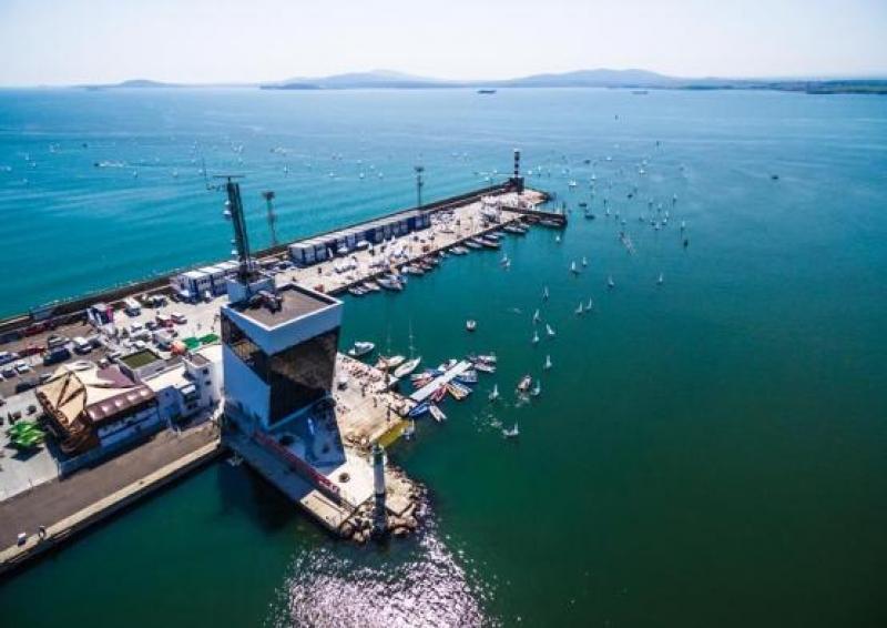 Екологичните проблеми на пристанищата и крайбрежните зони разискват експерти в Бургас