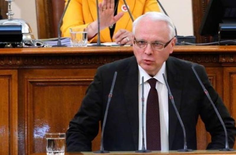 Крокодилските сълзи на Каракачанов