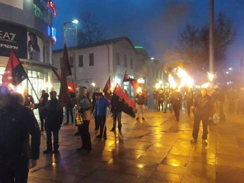Факелно шествие за Левски в Бургас