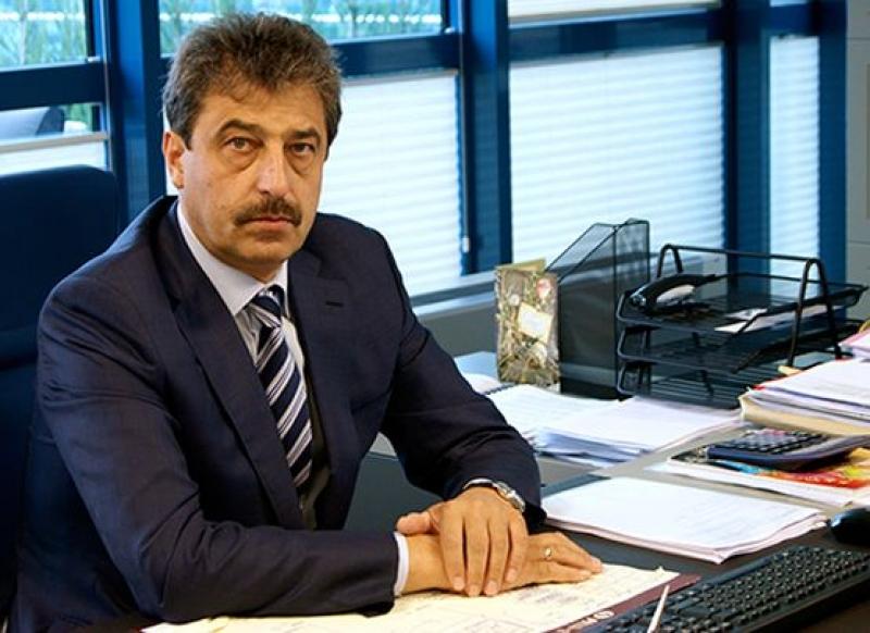 Интерпол е анулирал заповедите за издирване на съпругата и дъщерята на Цветан Василев