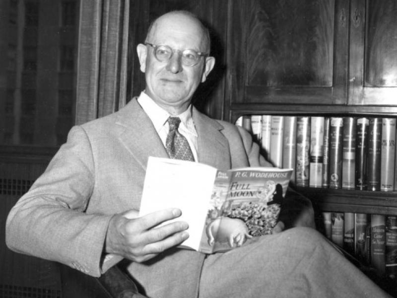 Tри от най-смешните романи на П.Г. Удхаус за Джийвс и Устър в ново луксозно издание