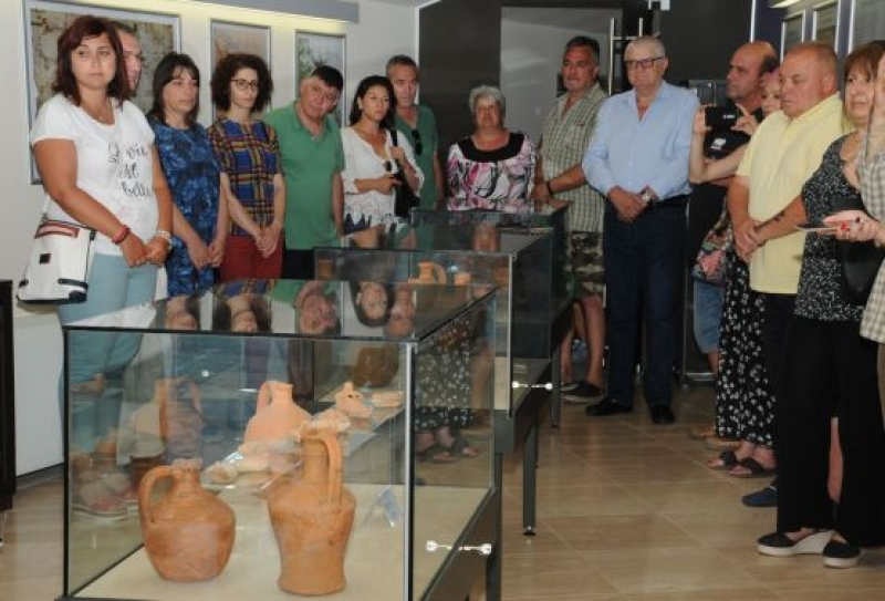 novootkriti-artefakti-pokazaha-na-izlozhba-v-ahtopol
