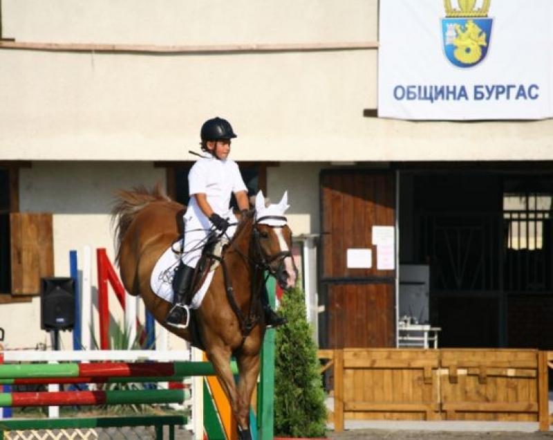 Милена Славова идва в Бургас за 9-ия национален турнир по конен спорт за Купа Бургас