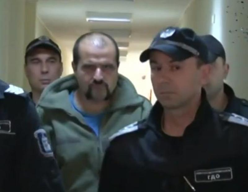 Оставиха в ареста бившия легионер, убил фелдшер