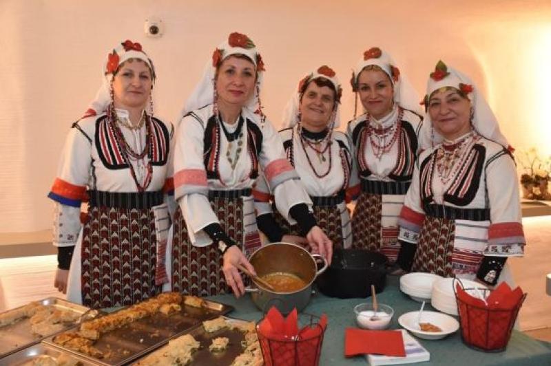 Бургаска изложба представя българската коледна традиция в австрийския град Варграйн