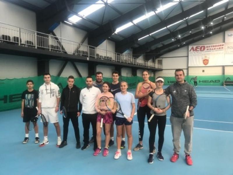 Тенисисти от цялата страна се подготвят в Бургас за държавните първенства в зала