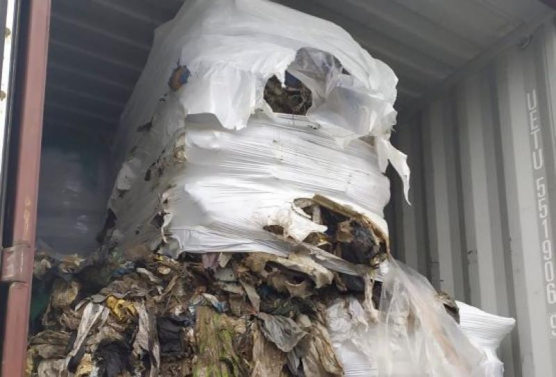 Контейнерите с боклук в Бургас са без радиоактивен или токсичен отпадък