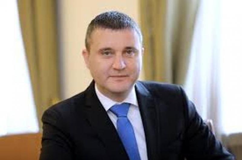 Финансовият министър представи мерки в подкрепа на бизнеса в извънредното положение